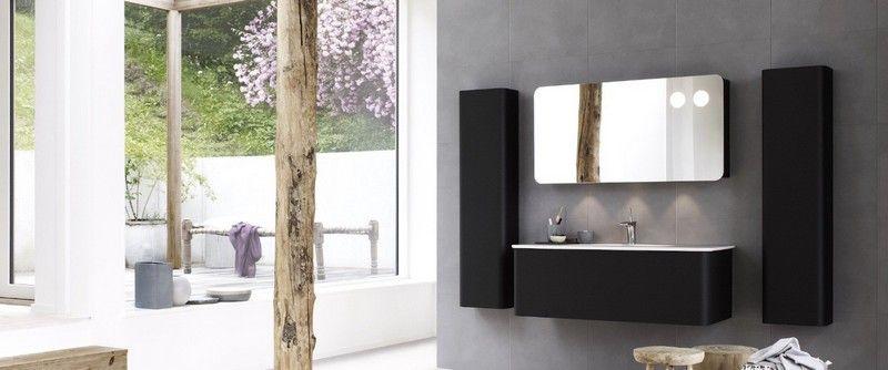 Find nogle badeværelsesmøbler der passer godt ind